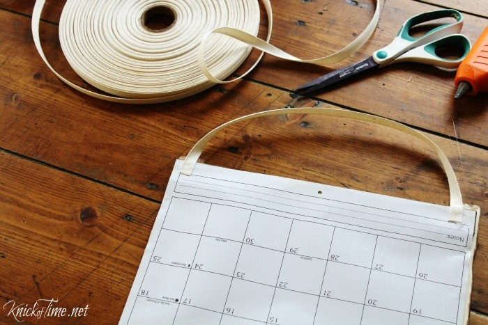 How to turn old calendar pages into farmhouse wall art - KnickofTime.net