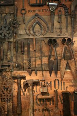Old Tools Keepsake Display Knick Of Time