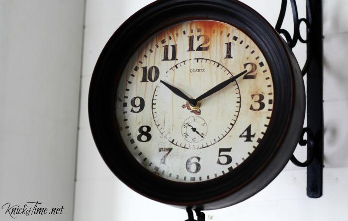 Hanging Vintage Clock - KnickofTime.net
