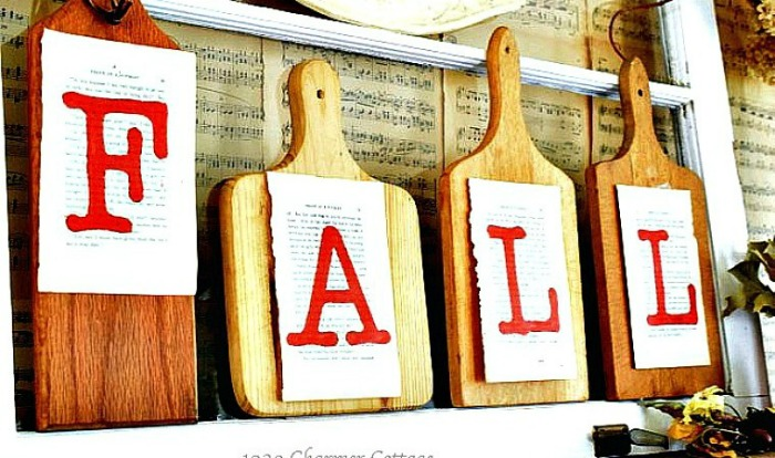 Repurposed cutting board fall signs