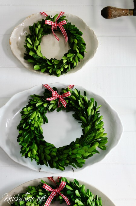 Farmhouse Christmas decor boxwood wreaths - KnickofTime.net