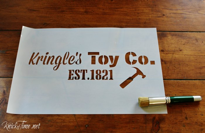 Christmas stencil for signs, pillows, gift bags and more with Knick of Time's Vintage Sign Stencils - KnickofTime.net