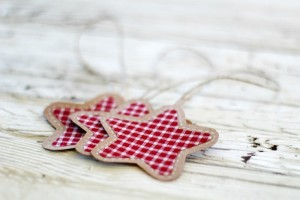 gingham and brow paper ornaments - KnickofTime.net