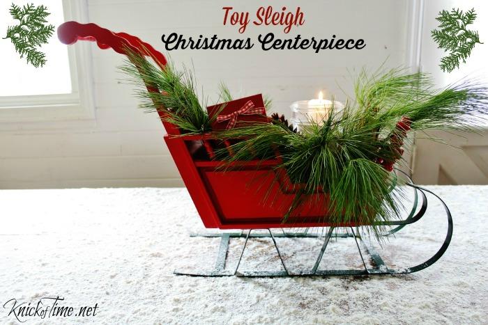 Santa's Christmas sleigh mantel decor - KnickofTime.net