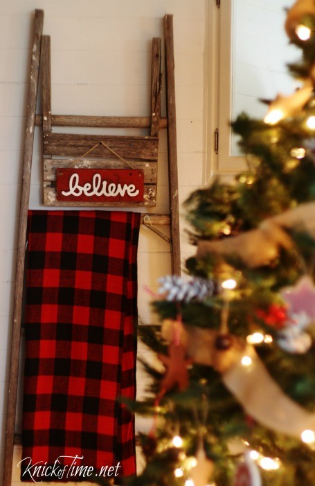 Do you believe in Christmas? Create this easy rustic Christmas sign in less than an hour! Tutorial at KnickofTime.net