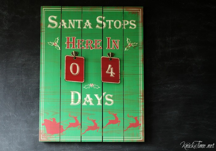 balsam hill countdown to Christmas Advent calendar sign with metal number tags - KnickofTime.net