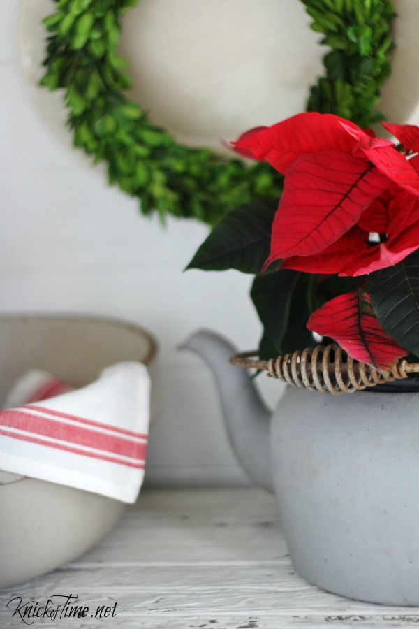 Christmas kitchen decor - KnickofTime.net