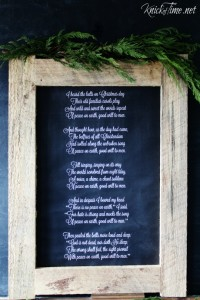 Free printable poster size Christmas chalkboard download - KnickofTime.net
