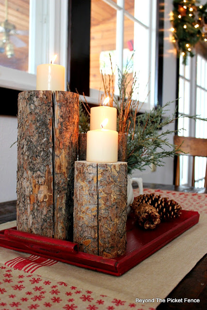 woodland Christmas centerpiece