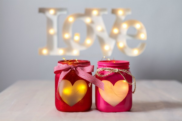Easy DIY Valentines Day heart jars with string lights
