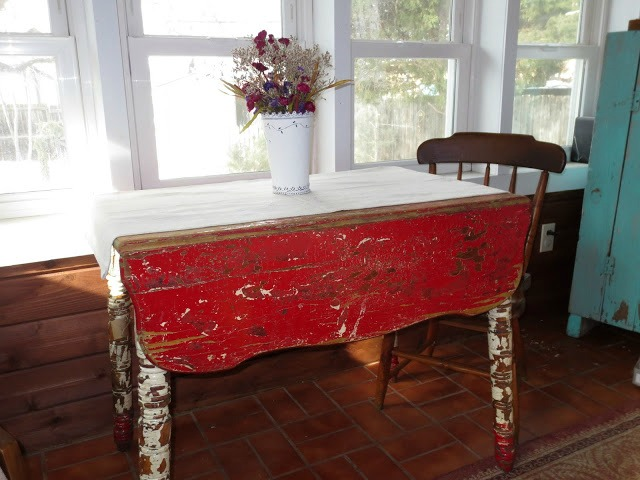 chippy red farmhouse table
