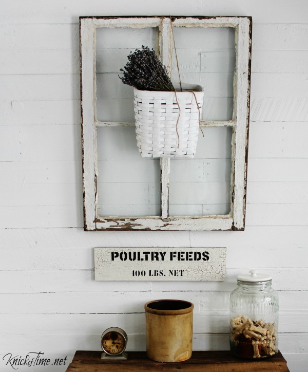 Create wooden signs that look old and weathered - tutorial at KnickofTime.net
