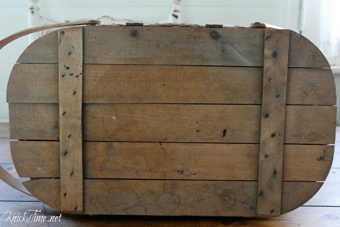 wooden basket lid - KnickofTime.net