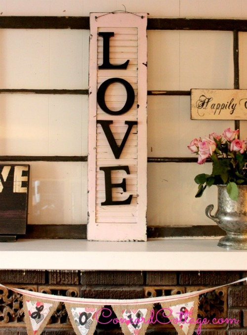 repurposed shutter Valentine love sign - featured at KnickofTime.net