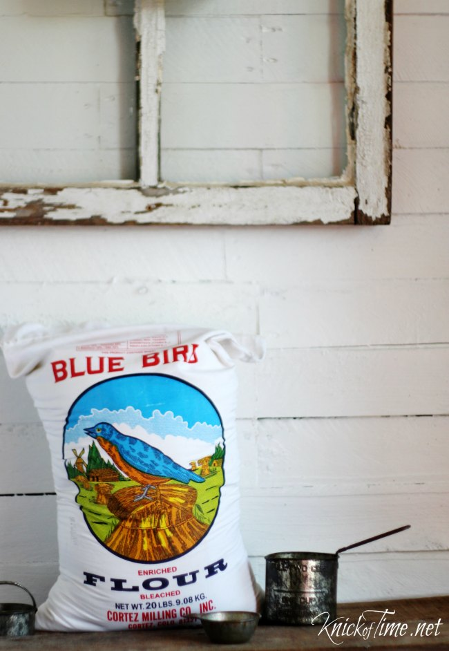 Flour sack with blue bird image - KnickofTime.net