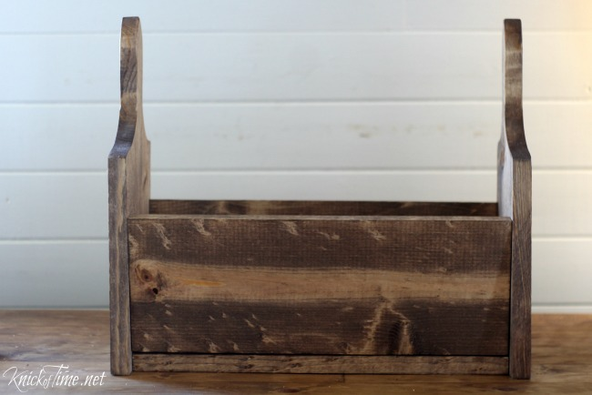 Build your own rustic wood tote with bread boards tutorial - KnickofTime.net