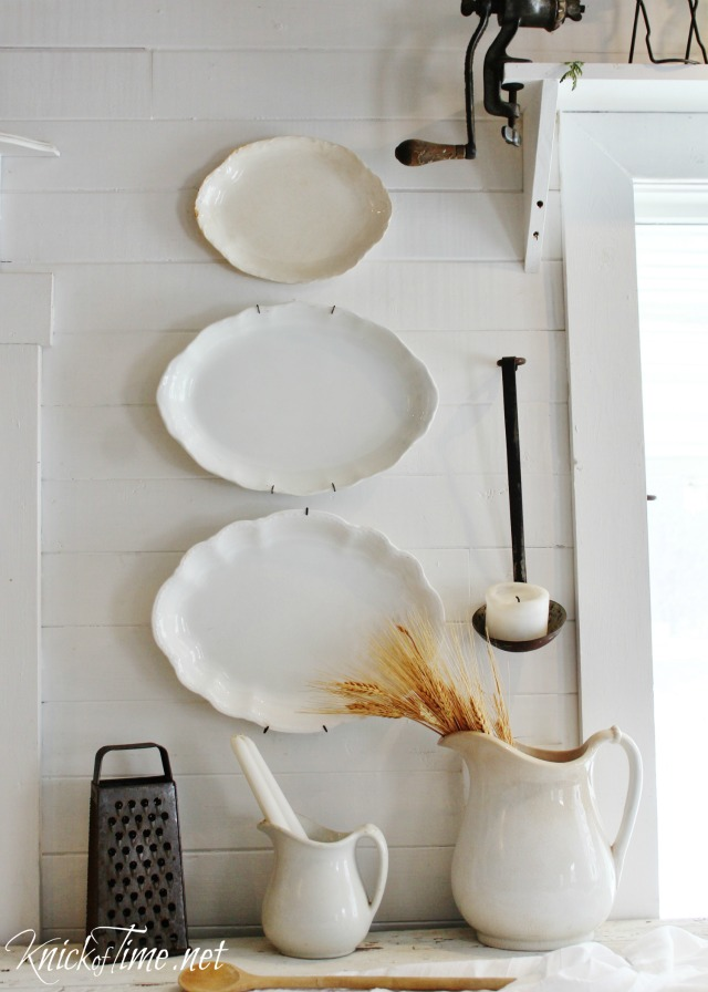 Gorgeous old platters make beautiful and simple winter white farmhouse wall decor - See more at https://knickoftime.net/
