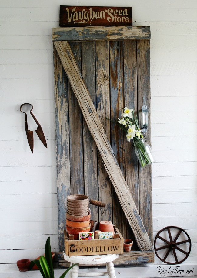 Turn reclaimed wood from an old picnic table or fence into a farmhouse barn gate - KnickofTime.net