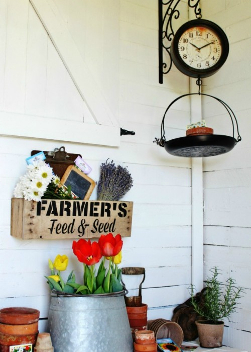Pallet wood farmer's market crate - Feed and Seed stencil - Knick of Time