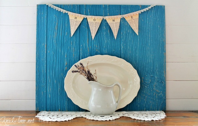 DIY distressed wood photo backdrop - KnickofTime.net