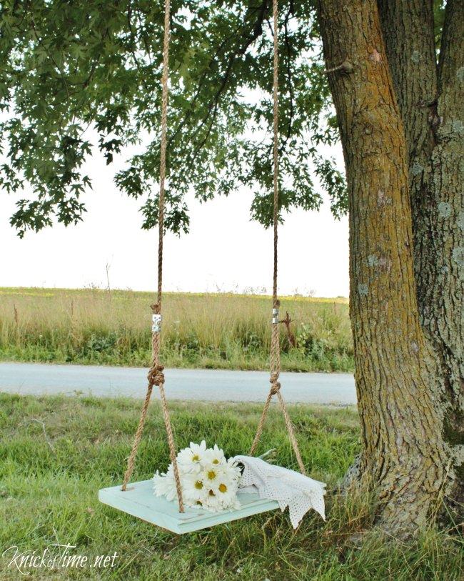 DIY farmhouse wooden swing - KnickofTime.net