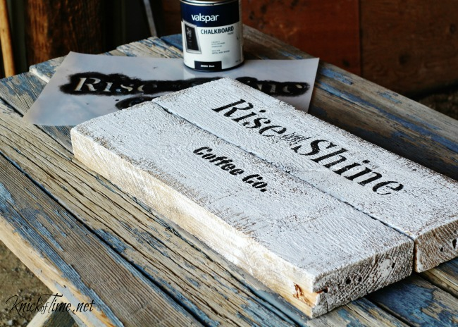 Turn salvaged pallet wood into a rustic handled tray to enjoy your morning cup of coffee on - Tutoriral at www.KnickofTime.net