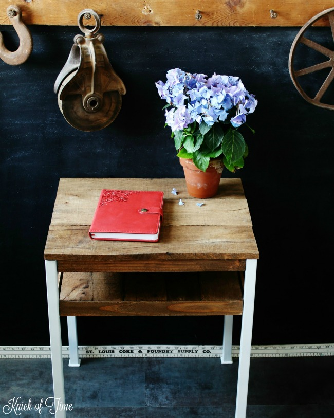 A little pallet wood and painting on a thrift shop accent table - KnickofTime.net