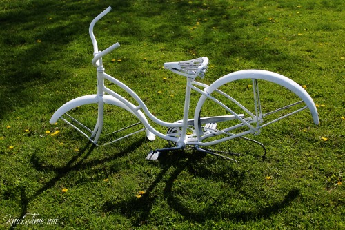 bike painted white - Knick of Time