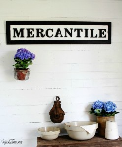 DIY Mercantile sign on salvaged wood | www.knickoftime.net