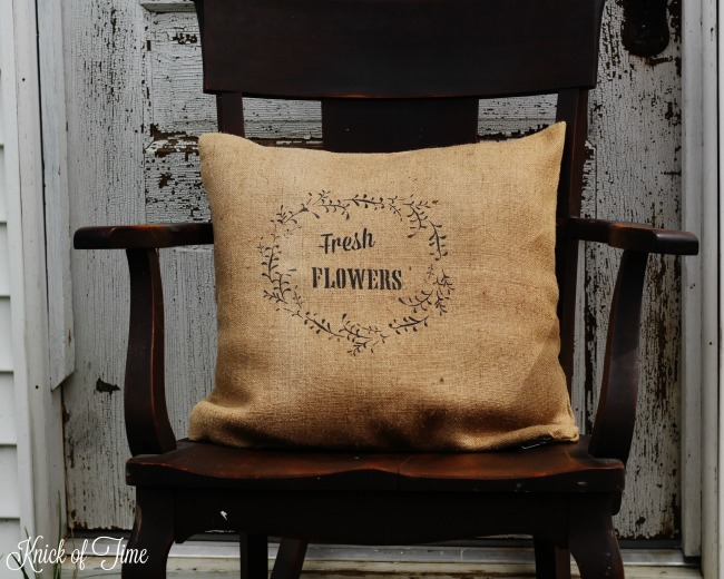 "Make your own ""Fresh Flowers"" burlap pillow using Knick of Time's Vintage Sign Stencils - KnickofTime.net"