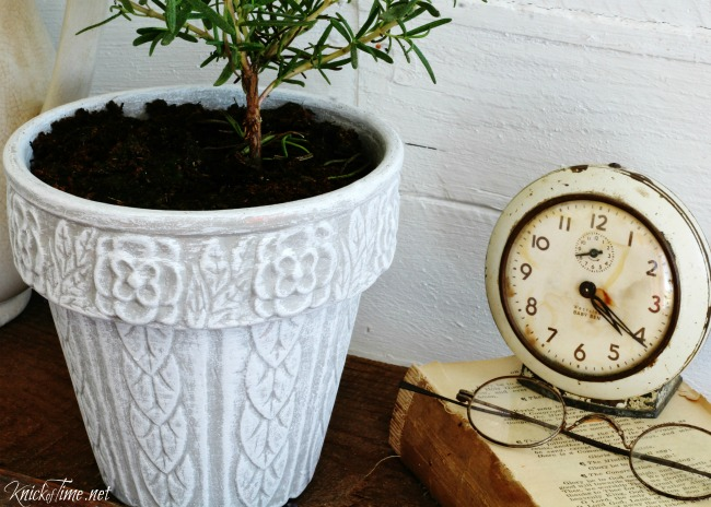 shabby flower pot - Knick of Time 7