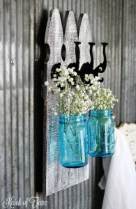 how to make farmhouse picket fence wall hooks