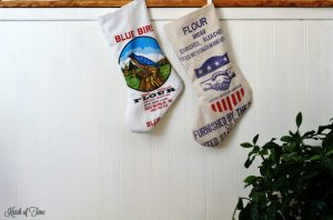 flour sack Christmas stockings - KnickofTime.net