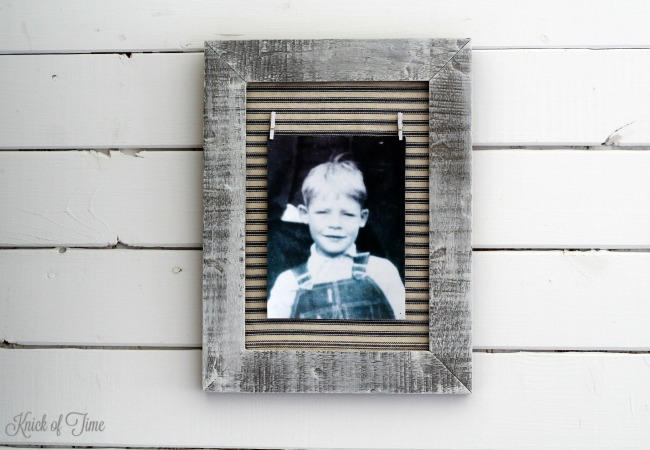 How to make a farmhouse style photo frame with a thrift store frame and ticking fabric | www.KnickofTime.net