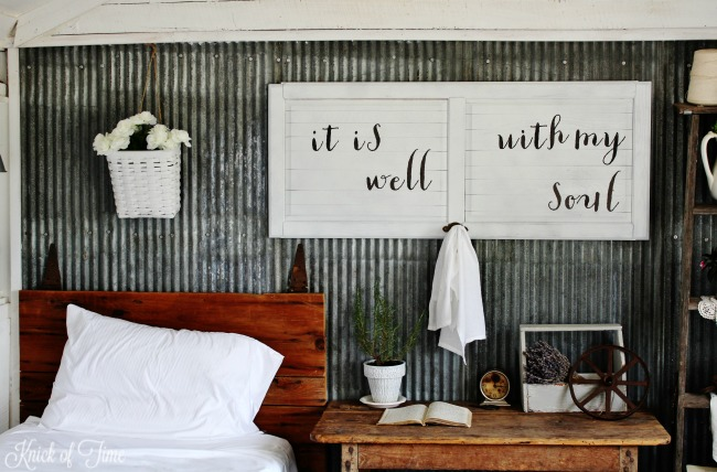 DIY wall art with your own custom message - www.knickoftime.net