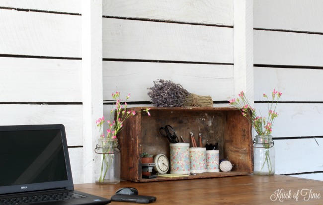 Turn tin cans into cheap, but pretty farmhouse style desk organizers - www.knickoftime.net