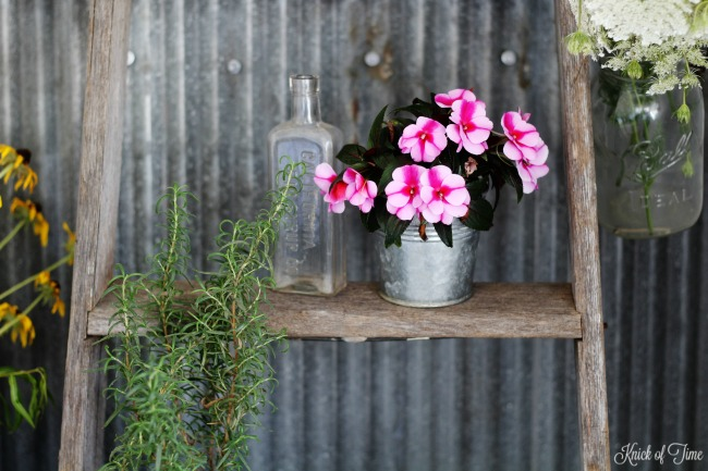 ladder plant stand - Knick of Time