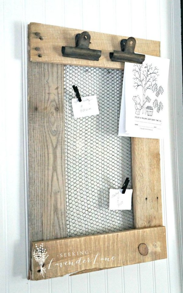 Pallet projects farmhouse style page 20 of 20 knick for How to buy art for your home