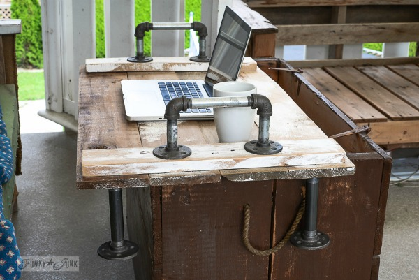 pallet tray table