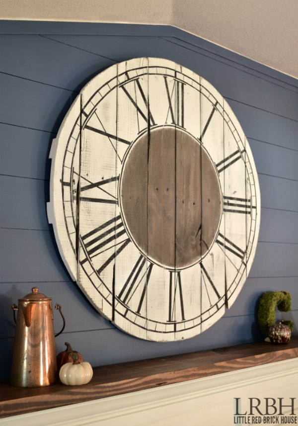 roman numeral pallet clock