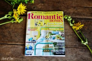 Romantic Homes magazine August 2016 cover | www.knickoftime.net