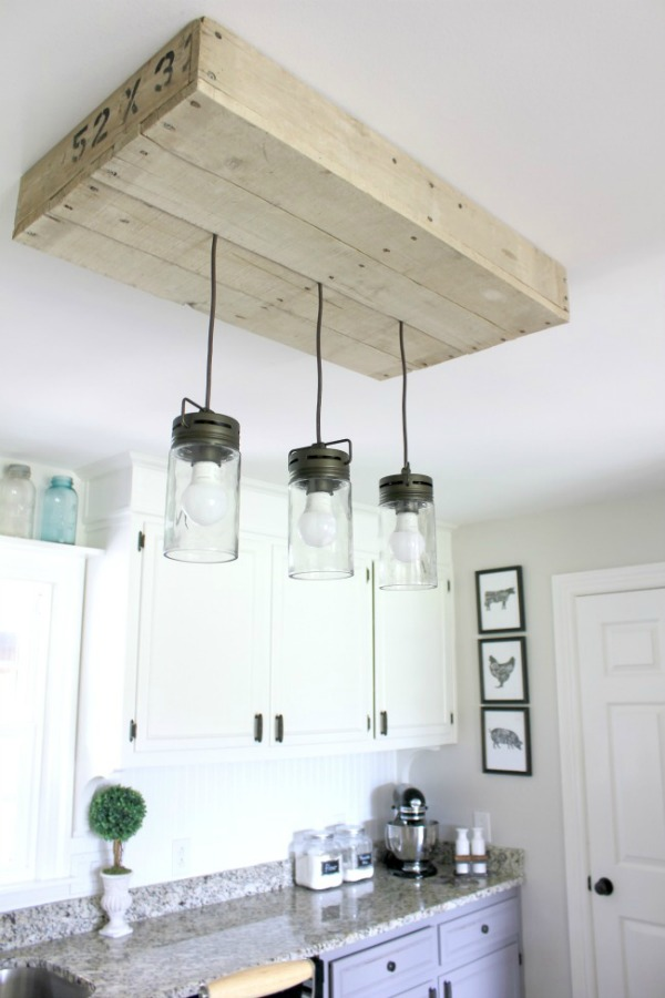 pallet wood hanging kitchen light fixture featured at Talk of the Town - www.knickoftime.net