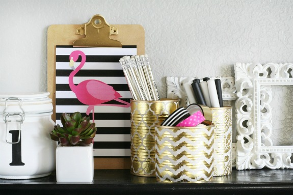 Gold Foil Can Organizers: 20+ Creative Ways to Repurpse Tin Cans | www.knickoftime.net