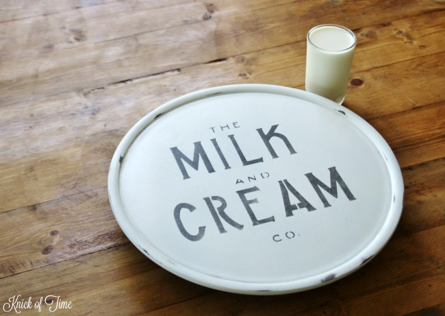 Give a thrift store lazy susan a quick farmhouse makeover with paint and stenciling! - www.knickoftime.net