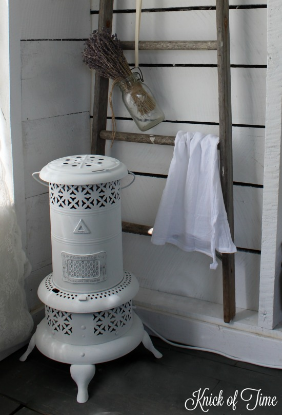 repurposed farmhouse light kerosene heater - www.knickoftime.net