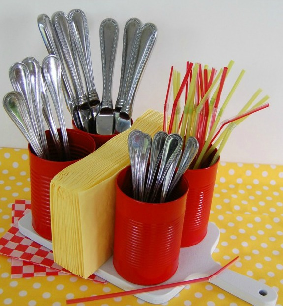 Tin Can Flatware Caddy: 20+ Creative Ways to Repurpse Tin Cans | www.knickoftime.net