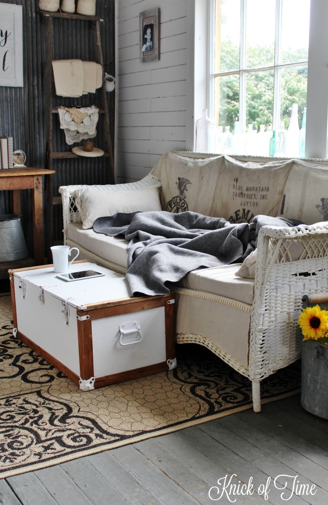 Upcycled military trunk makeover - www.knickoftime.net