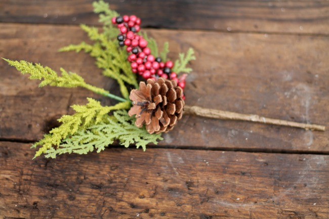 Use winter berries and pine cones floral picks to make easy Christmas decor - www.knickoftime.net