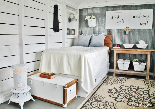 companys-coming-guest-room-knick-of-time