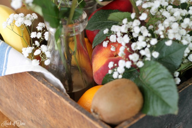 edible-fruit-and-floral-arrangement-table-centerpiece-knick-of-time